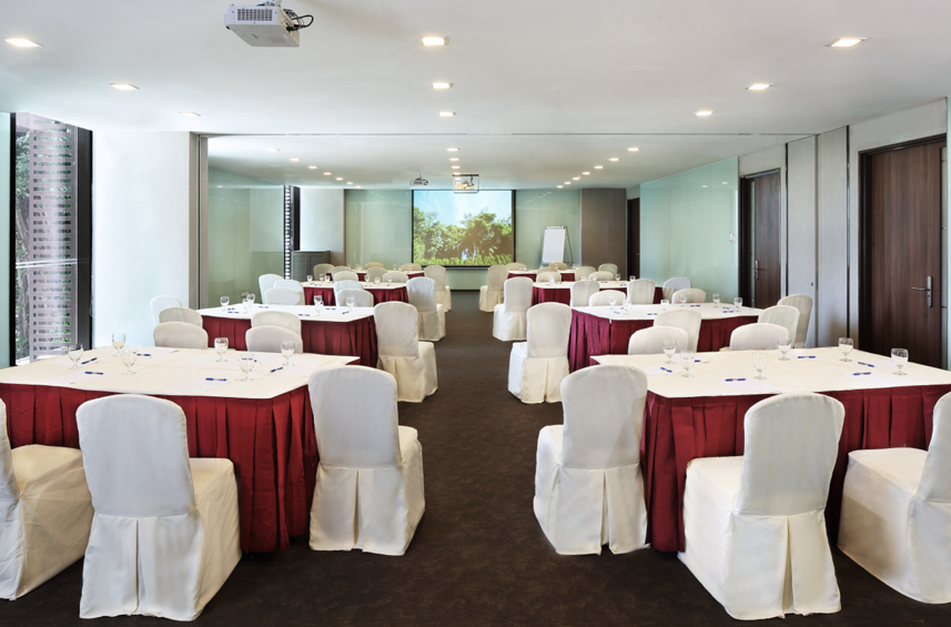 and beijing meeting rooms globally conference training room images